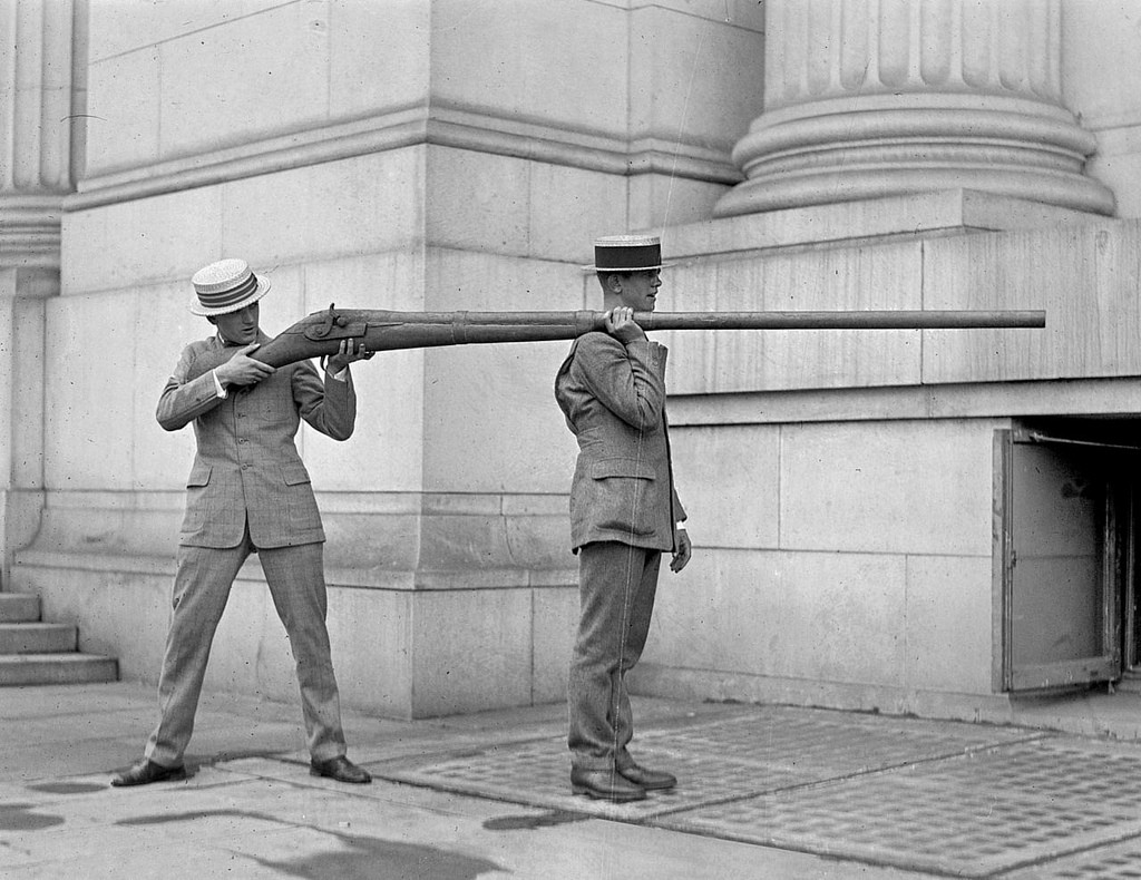 17-punt-guns-were-used-for-duck-hunting-at-the-turn-of-the-last-century-a-single-shot-could-kill-up-to-50-waterfowl-resting-on-the-surface-of-a-pond-or-lake-ca-1900