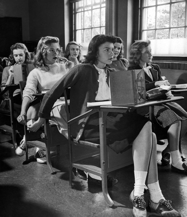 2-the-original-way-to-text-in-class-1944