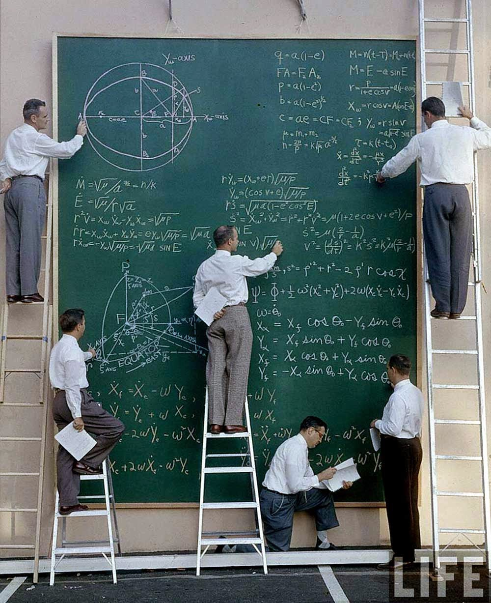 40-nasa-scientists-pose-with-their-board-of-calculations-1961