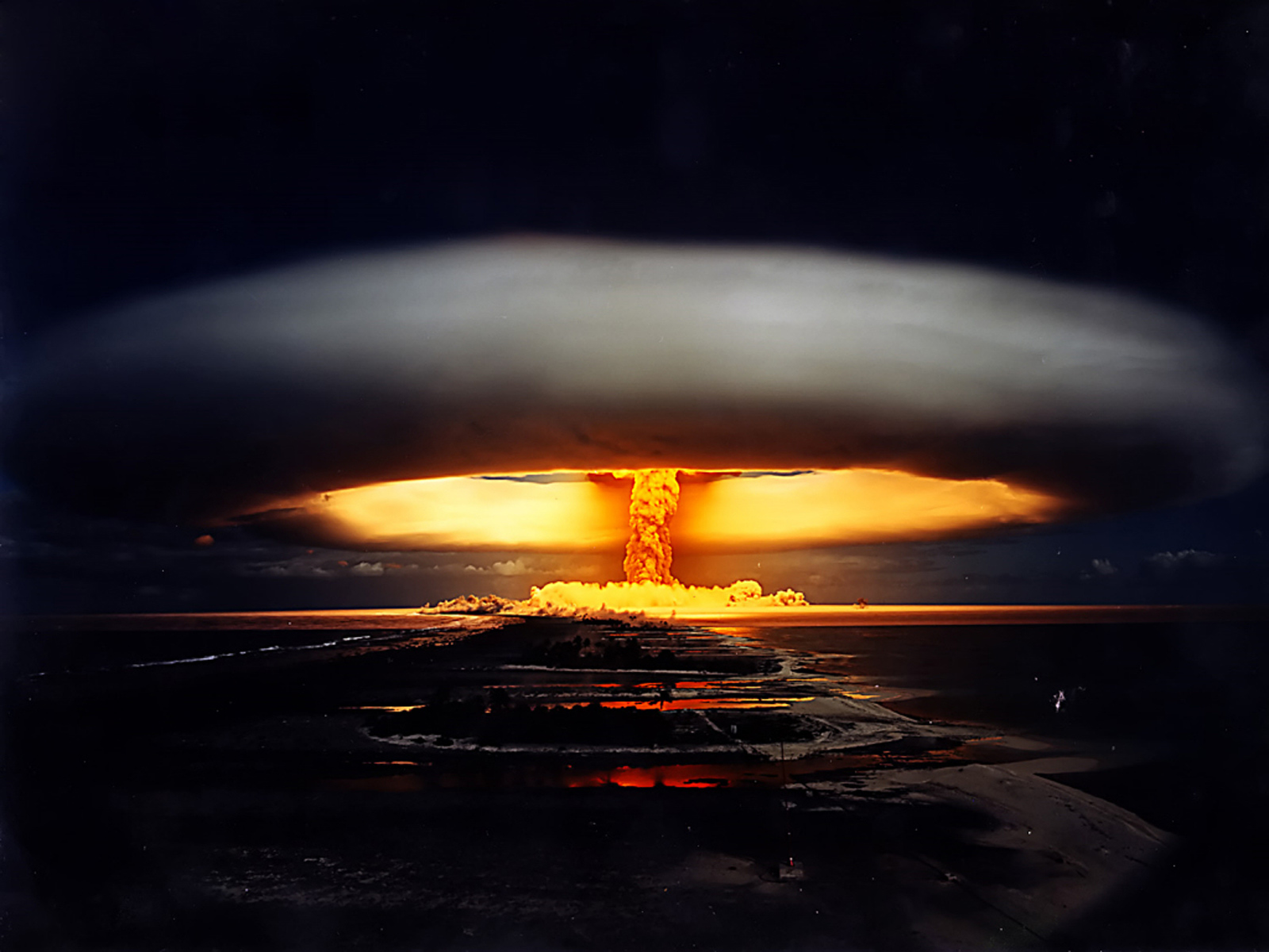 48-french-nuclear-testing-in-french-polynesia-1970