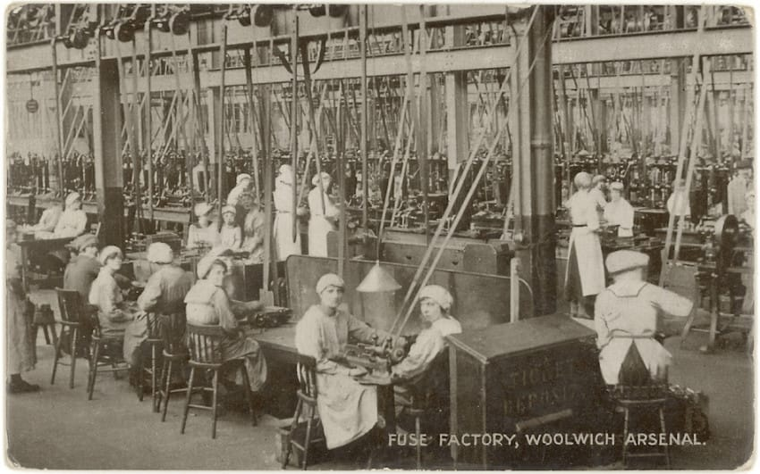 10. Factory Lector
