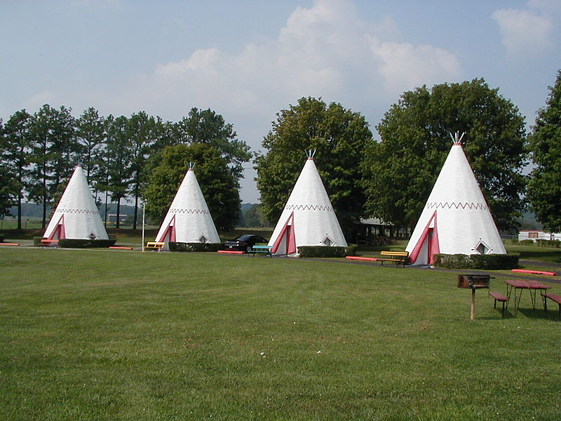 Wigwam Motels, USA (Wiki)