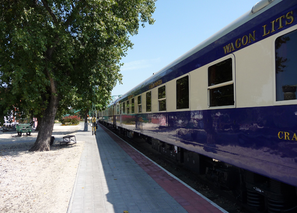 blue cars in station