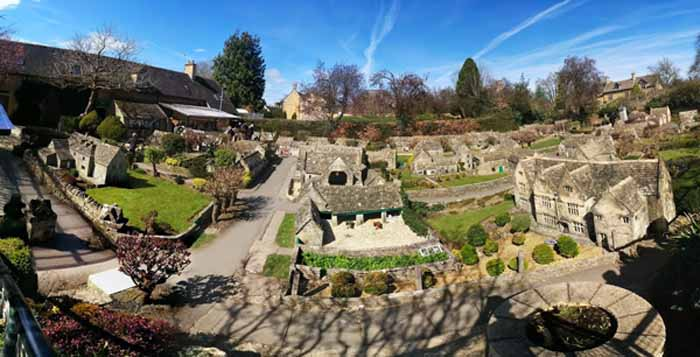 Bourton-on-the-Water-4