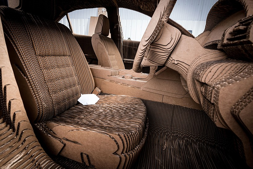 lexus-full-sized-cardboard-origami-car-10