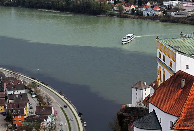 Nơi giao thoa của 3 dòng sông: sông Danube, sông Inn và sông Ilz ở Đức. (Ảnh: Internet)