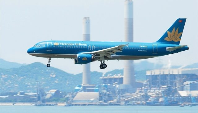 vietnam airlines ve may bay gia nhat
