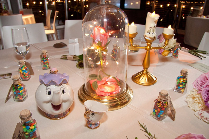 disney-wedding-table-centerpieces-4