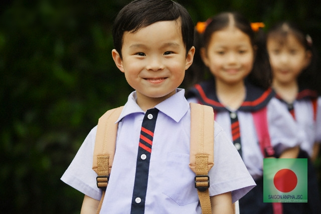 Student in Line --- Image by © Randy Faris/Corbis