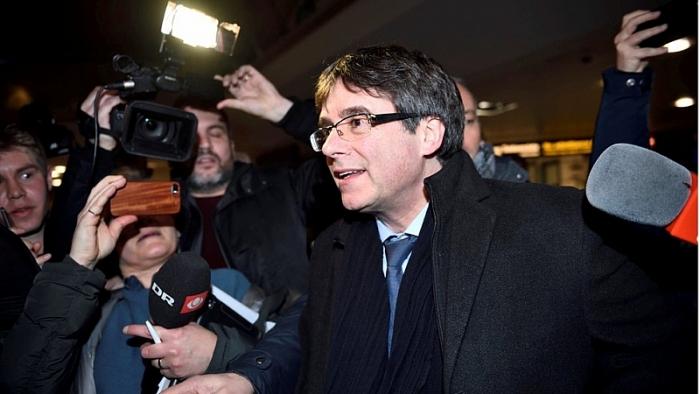 Cựu Thủ hiến Catalonia bị chính phủ Tây Ban Nha kiểm soát không cho về nước (Ảnh: BBC).