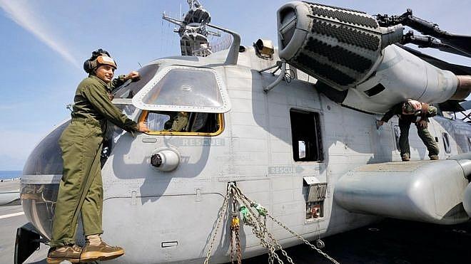 Chuyên cơ của Thủ tướng Nhật Bản Shinzo Abe rơi linh kiện khi đang bay