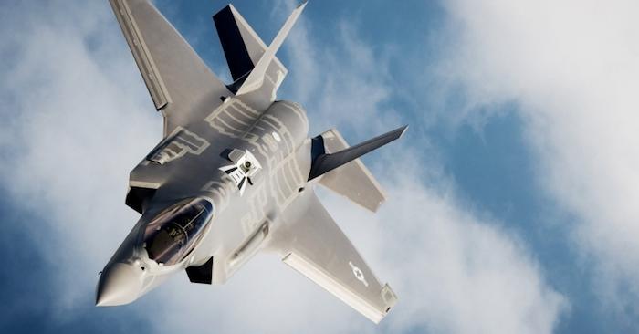 Phi công kinh nghiệm không được lái F-35