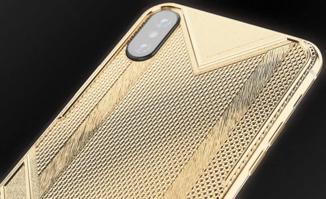 iphone xs max ma 150 gram vang nguyen chat duoc het gia toi 15340 usd chi 1 chiec duy nhat
