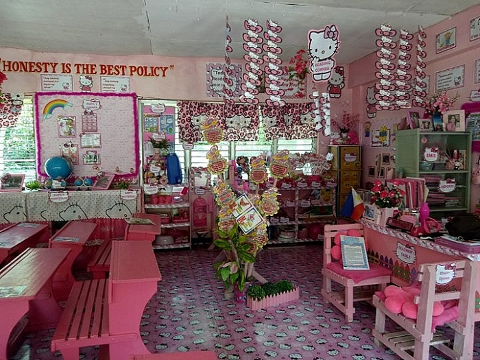 co giao tre o philippines bien lop hoc thanh thien duong hello kitty