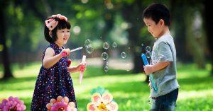 Tám điều lưu ý cha mẹ cần dạy con khi kết giao với bạn bè