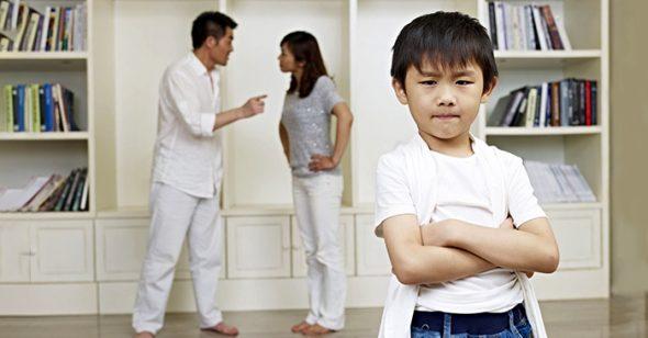 Chồng không tôn trọng vợ, làm sao đứa trẻ có thể tôn trọng người mẹ? '4 kiểu gia đình' này sẽ hủy hoại cuộc sống của con!