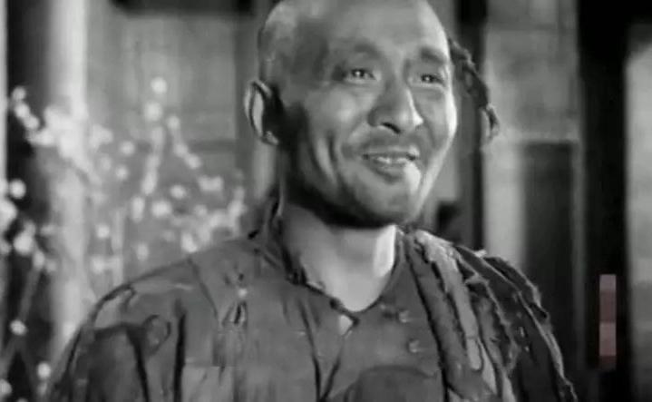 Năm 49 tuổi, cuối cùng Vũ Huấn cũng tích đủ tiền để sáng lập trường nghĩa học. (Ảnh minh họa từ youtube)